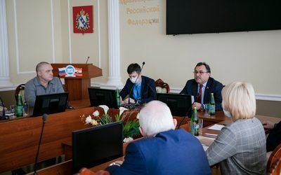 MEETING OF THE RECTOR OF KSMU V.A.LAZARENKO WITH HEADS OF CLINICAL DEPARTMENTS OF THE UNIVERSITY WITH PARTICIPATION OF THE CHIEF DOCTOR OF THE KURSK REGIONAL CLINICAL HOSPITAL V.D. LUTSENKO